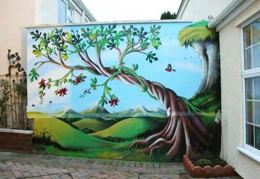 Mural_Garden_Coombe-Dingle