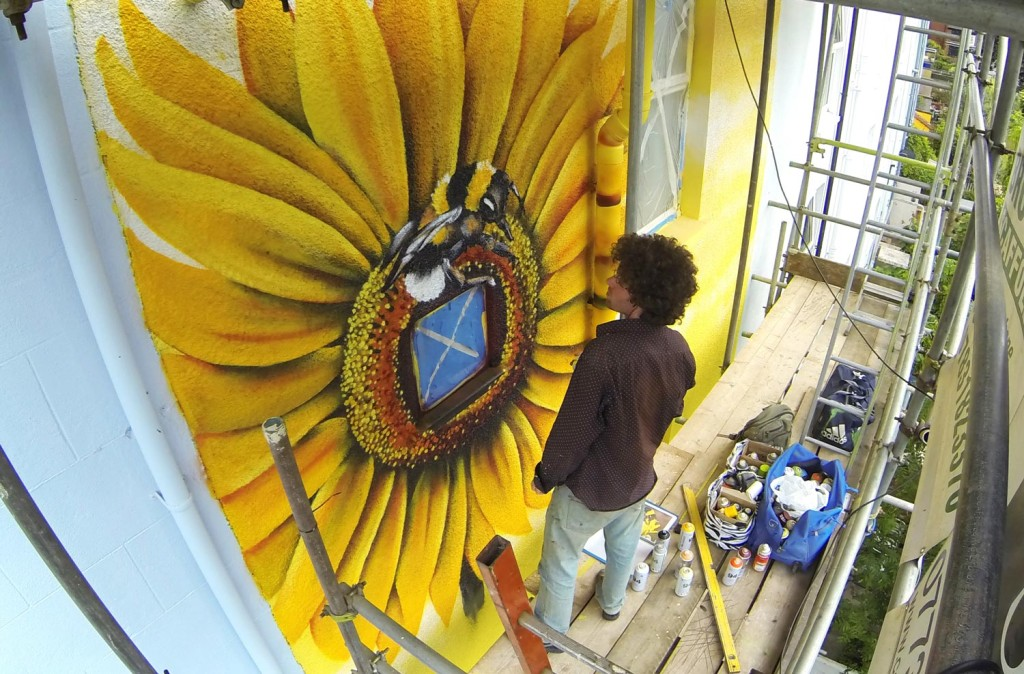 Mural_House_Sunflower_Gage