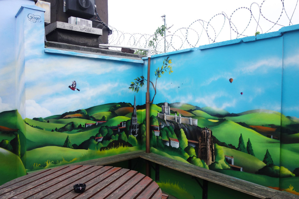 Mural_WhitehallTavern_Castle